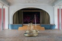 a1 Verlassenes Tanzlokal